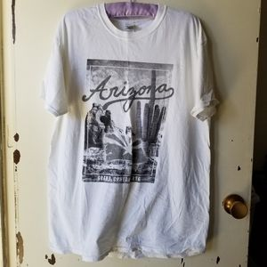 White Short Sleeve Round Neck Graphic Tee Size L